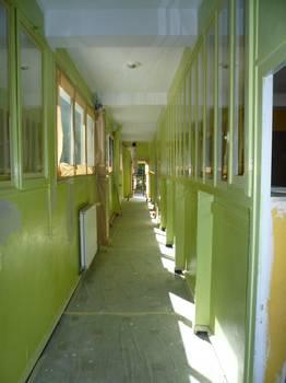 Couloir d'école AVANT